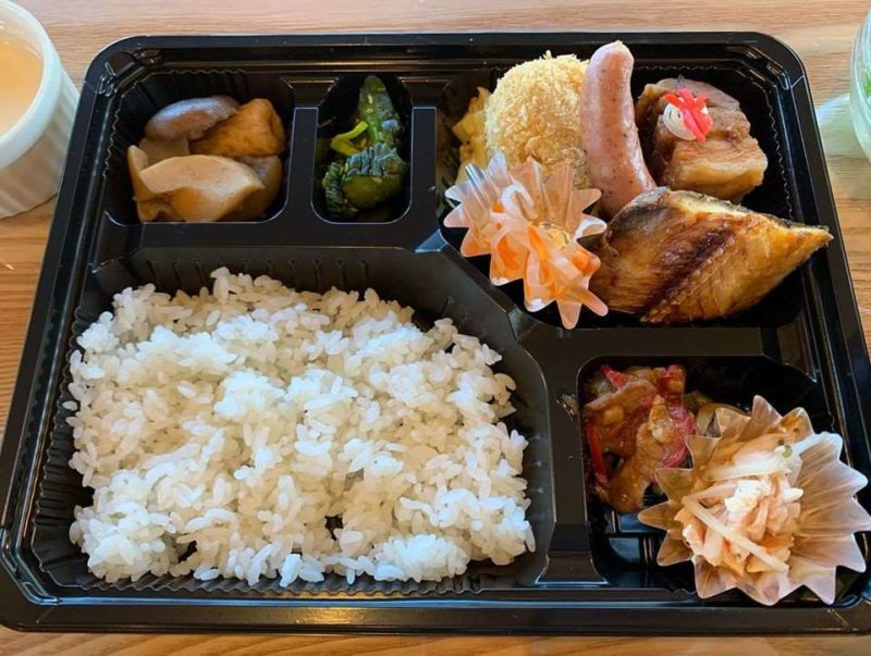 コロナ支援 富良野エリア テイクアウト デリバリー 駅の見えるレストラン&カフェ KOERU